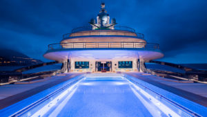 5xpmasi7rt2of24kf5km_superyacht-luna-lloyd-werft-pool-at-night-credit-guillaume-plisson-2560x1440